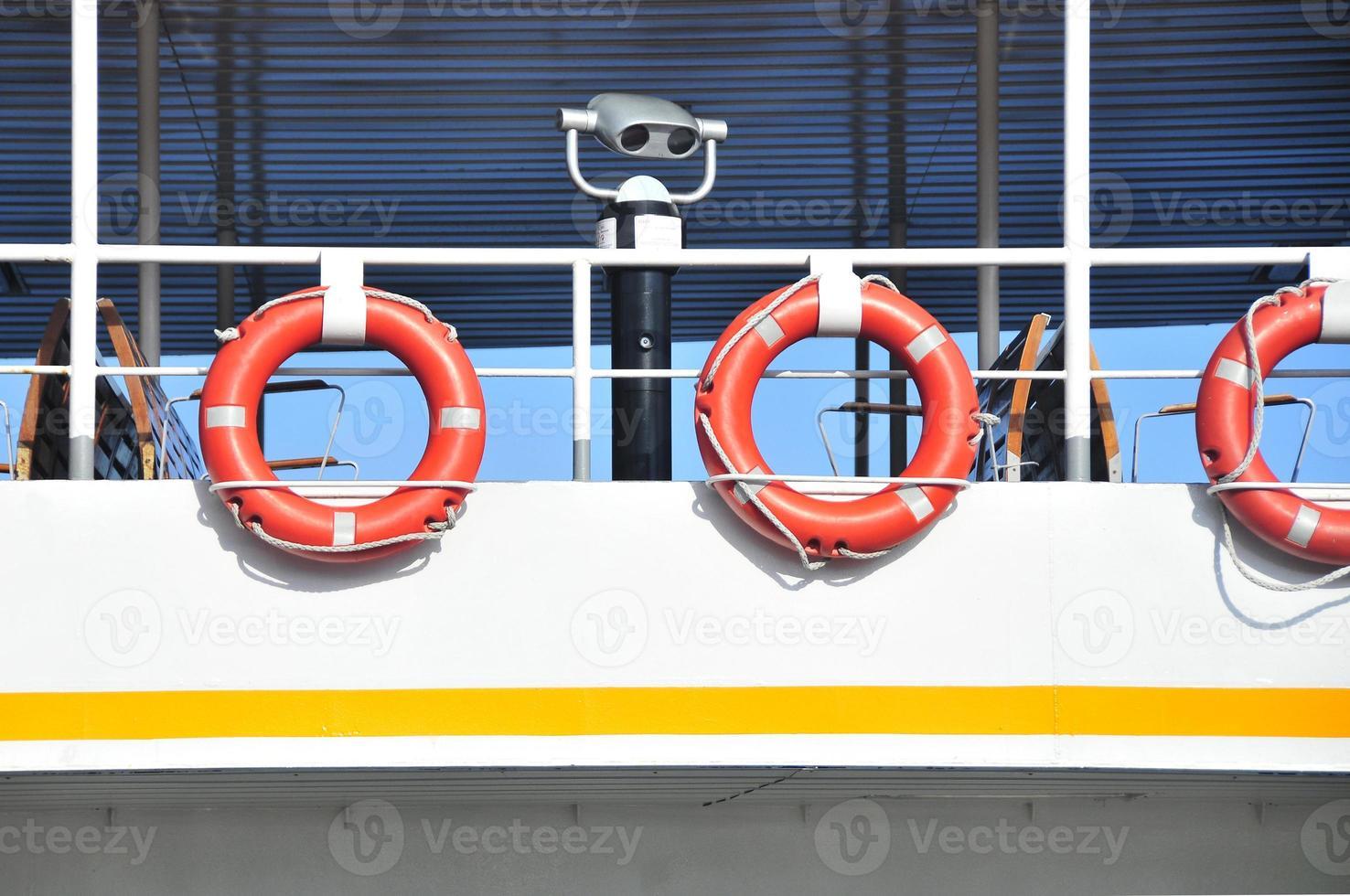 ferry, salvavidas foto