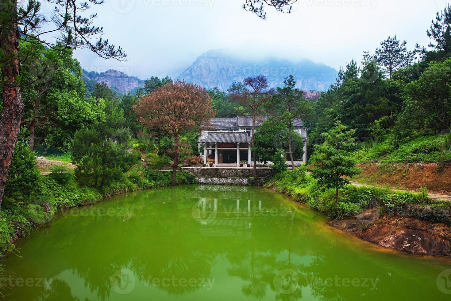 Montaña Yandang en Wenzhou, China foto