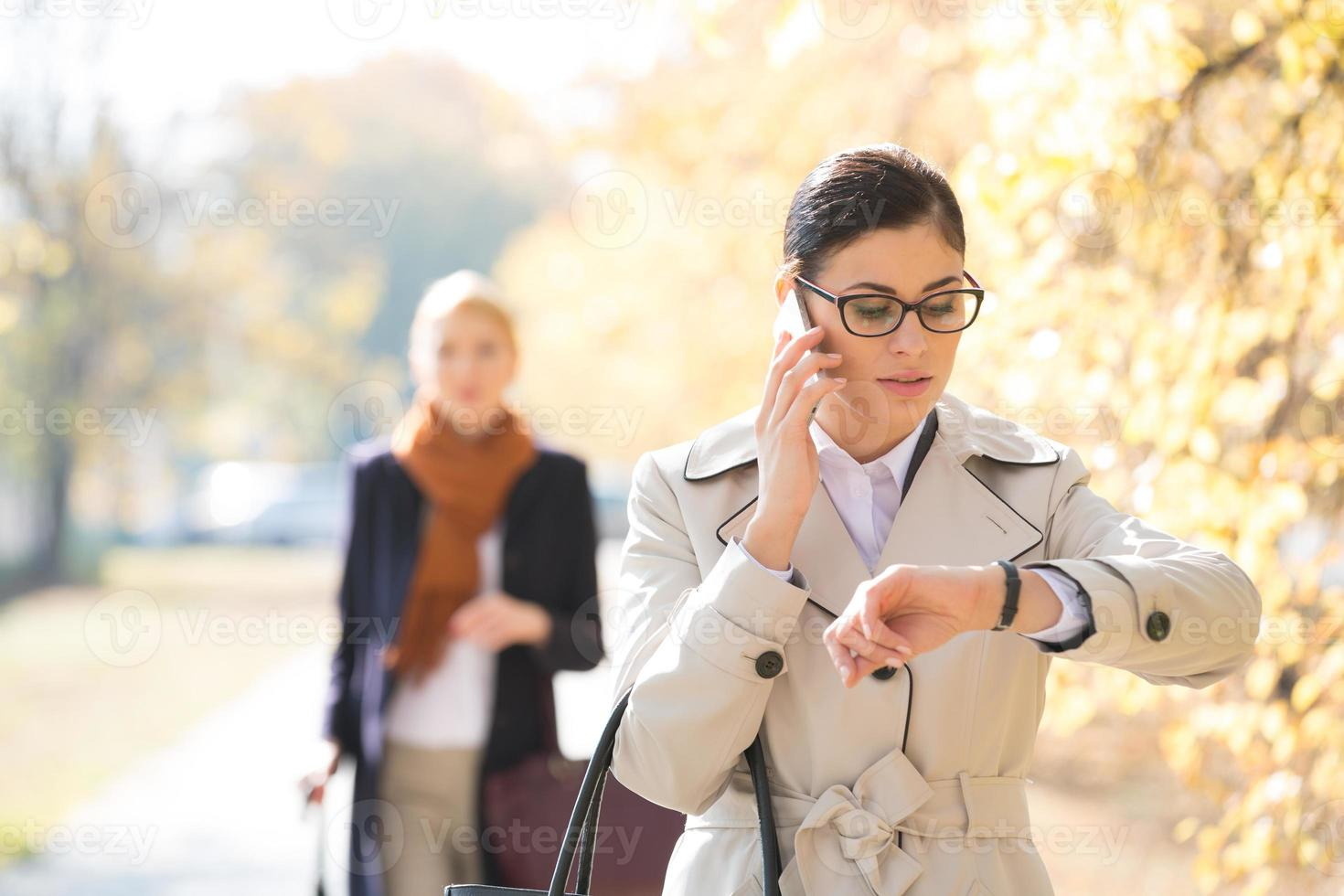 negocio femenino al aire libre foto