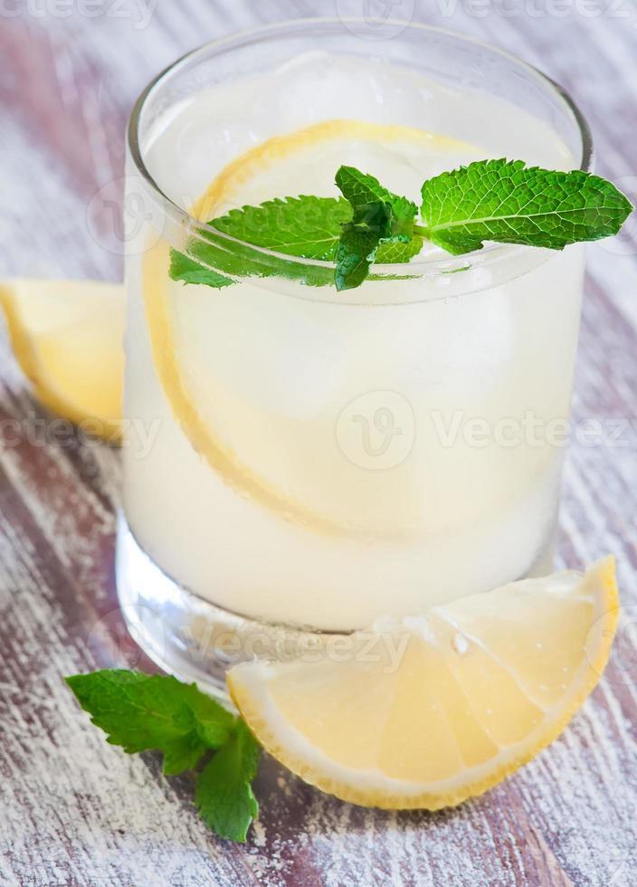 limonada de menta foto