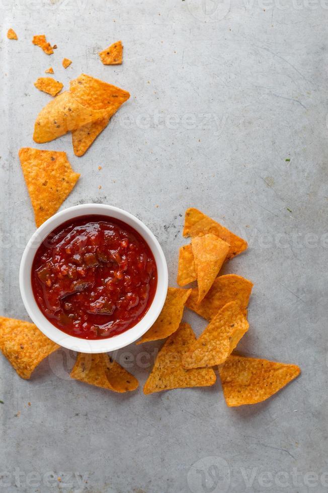 chips de totilla de maíz foto