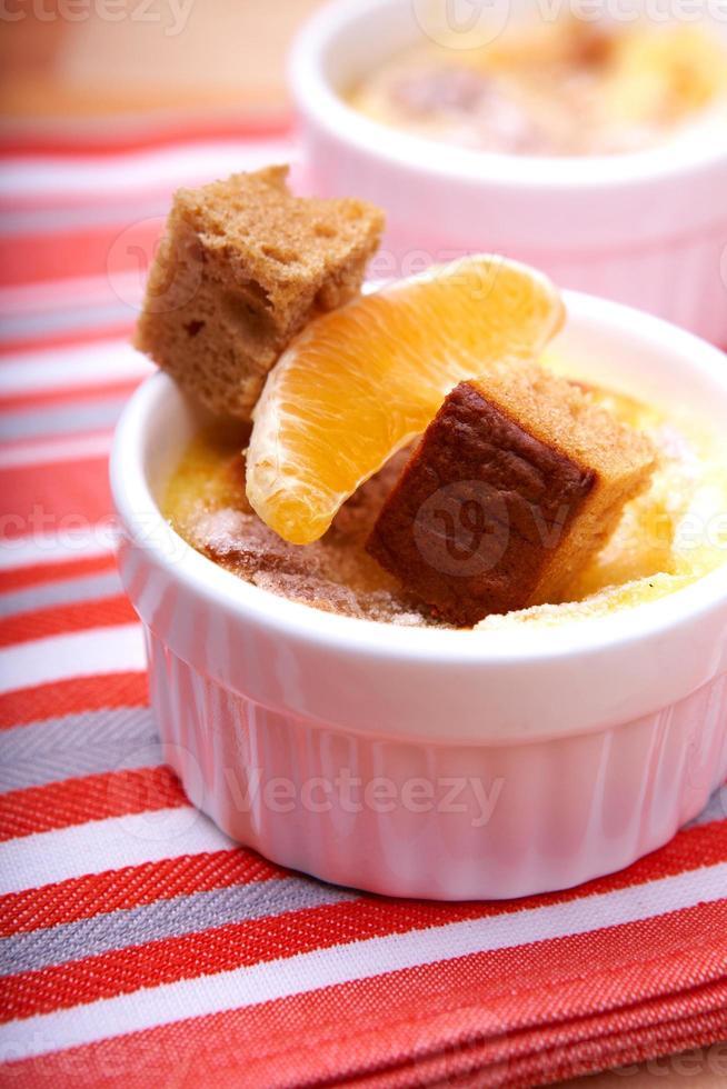 crema de naranja brulee foto