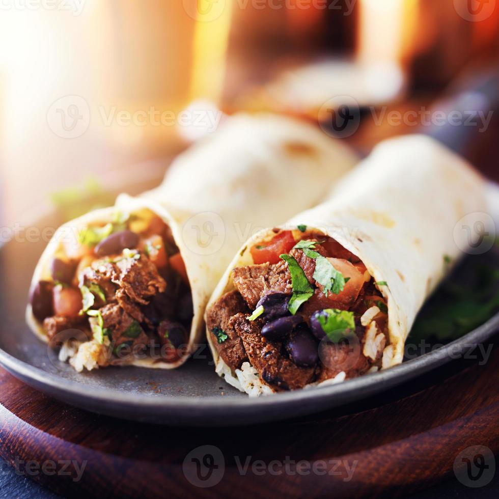 burritos de carne de res mexicana foto