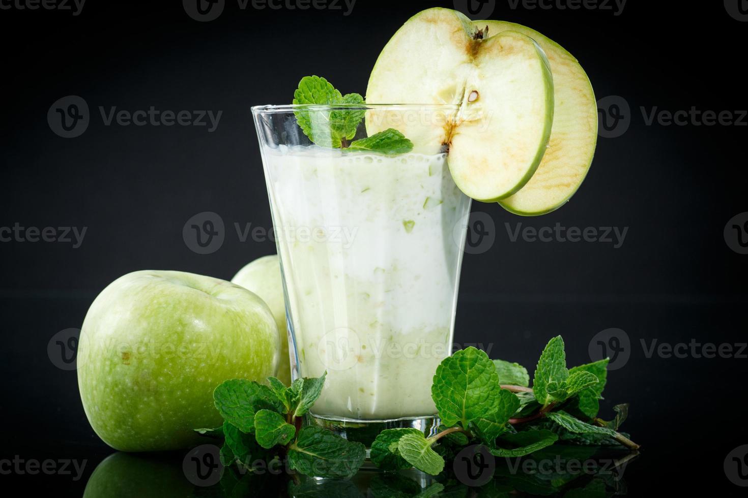 smoothie aux pommes photo