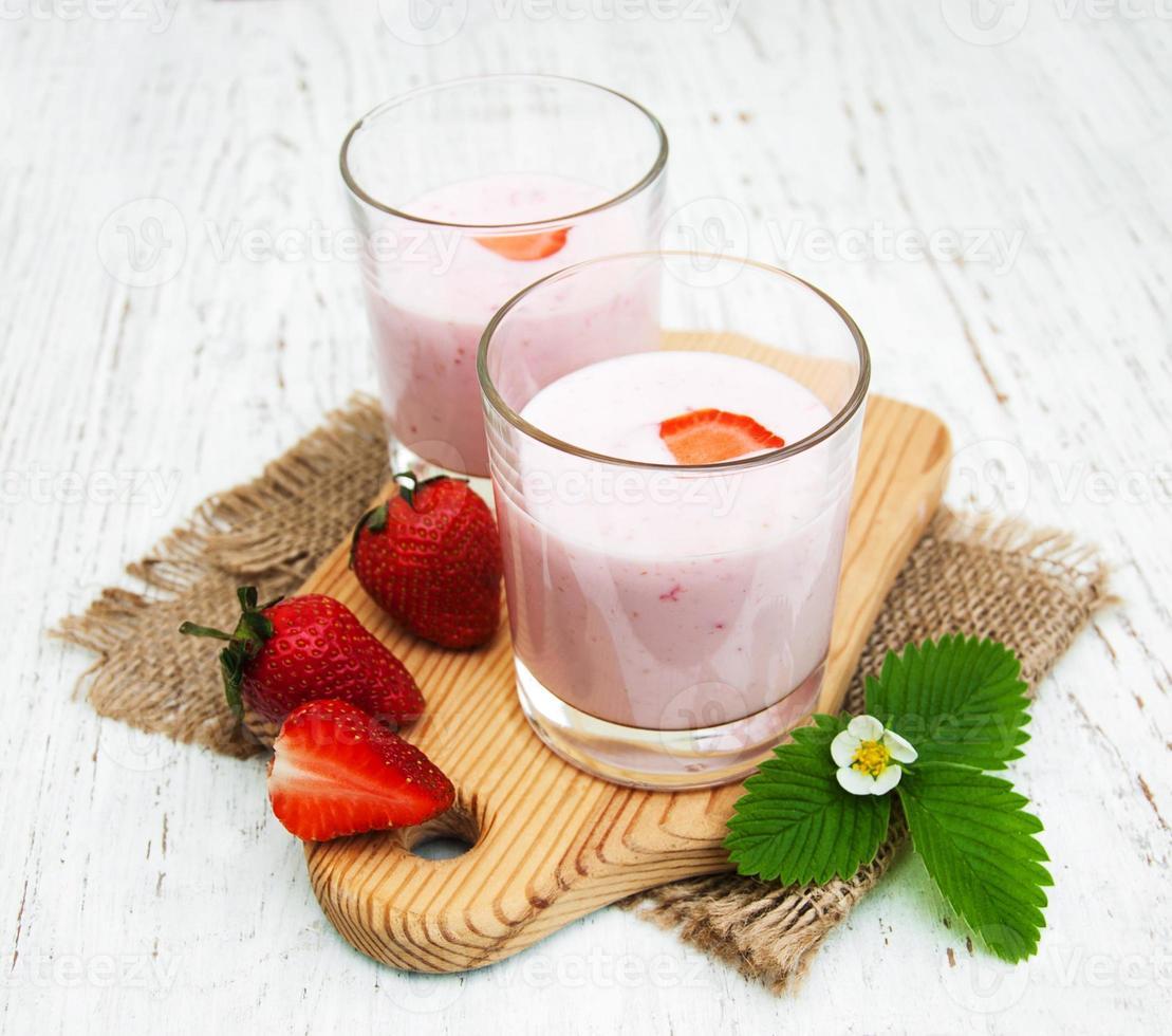 Strawberry yogurt photo
