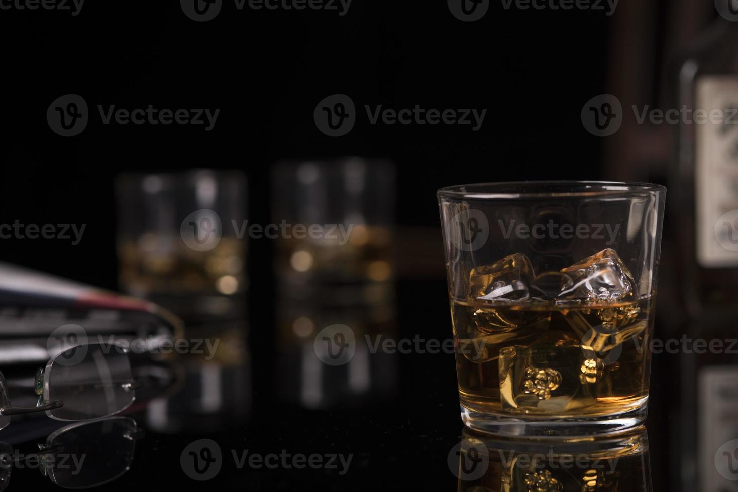 whisky op de rotsen foto