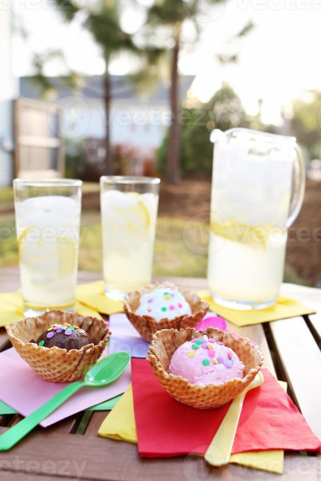 dessert - ice cream and lemonade photo
