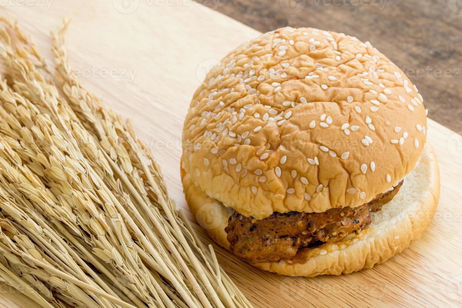 hamburguesa de filete de pollo foto