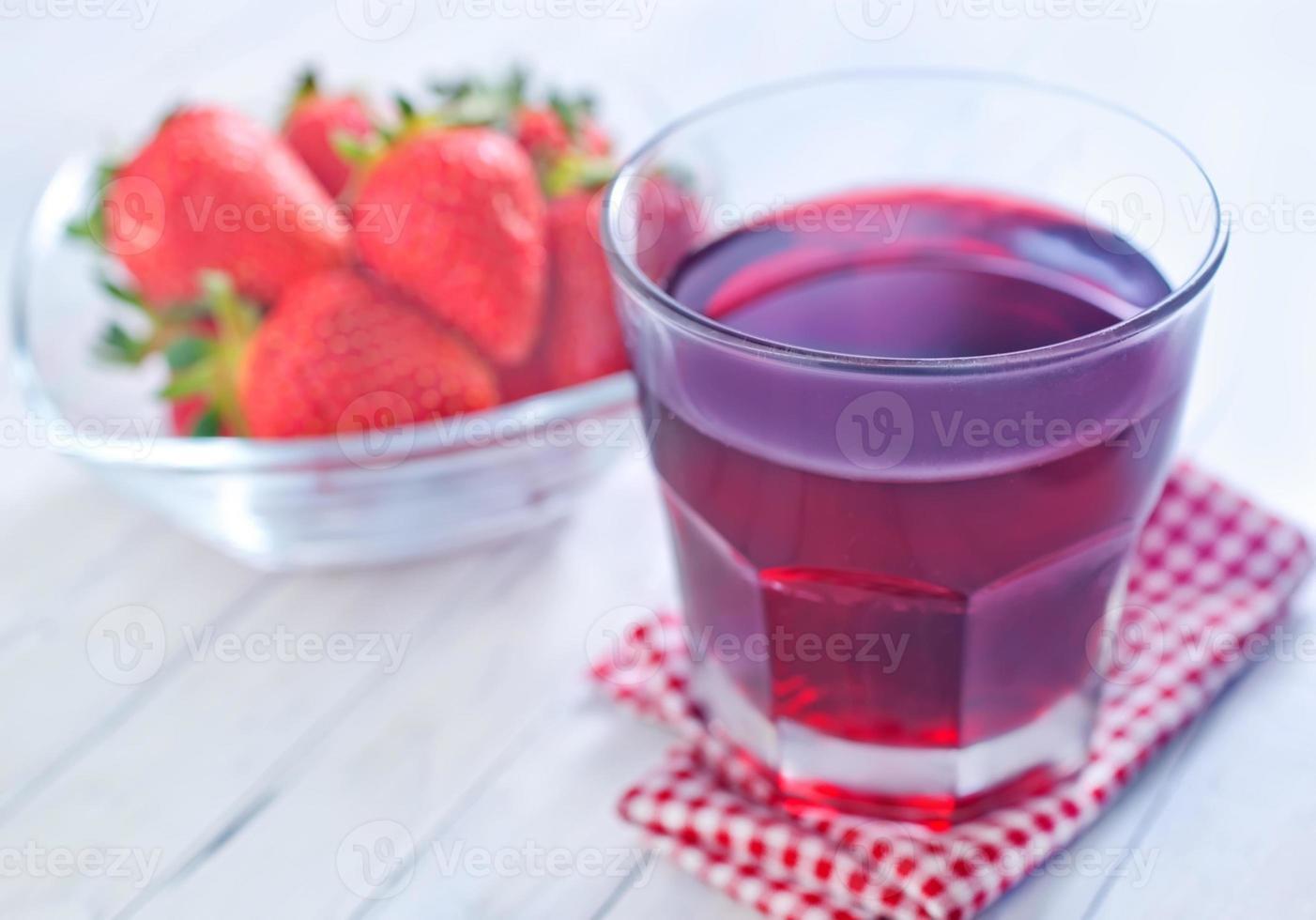 jugo de fresa foto