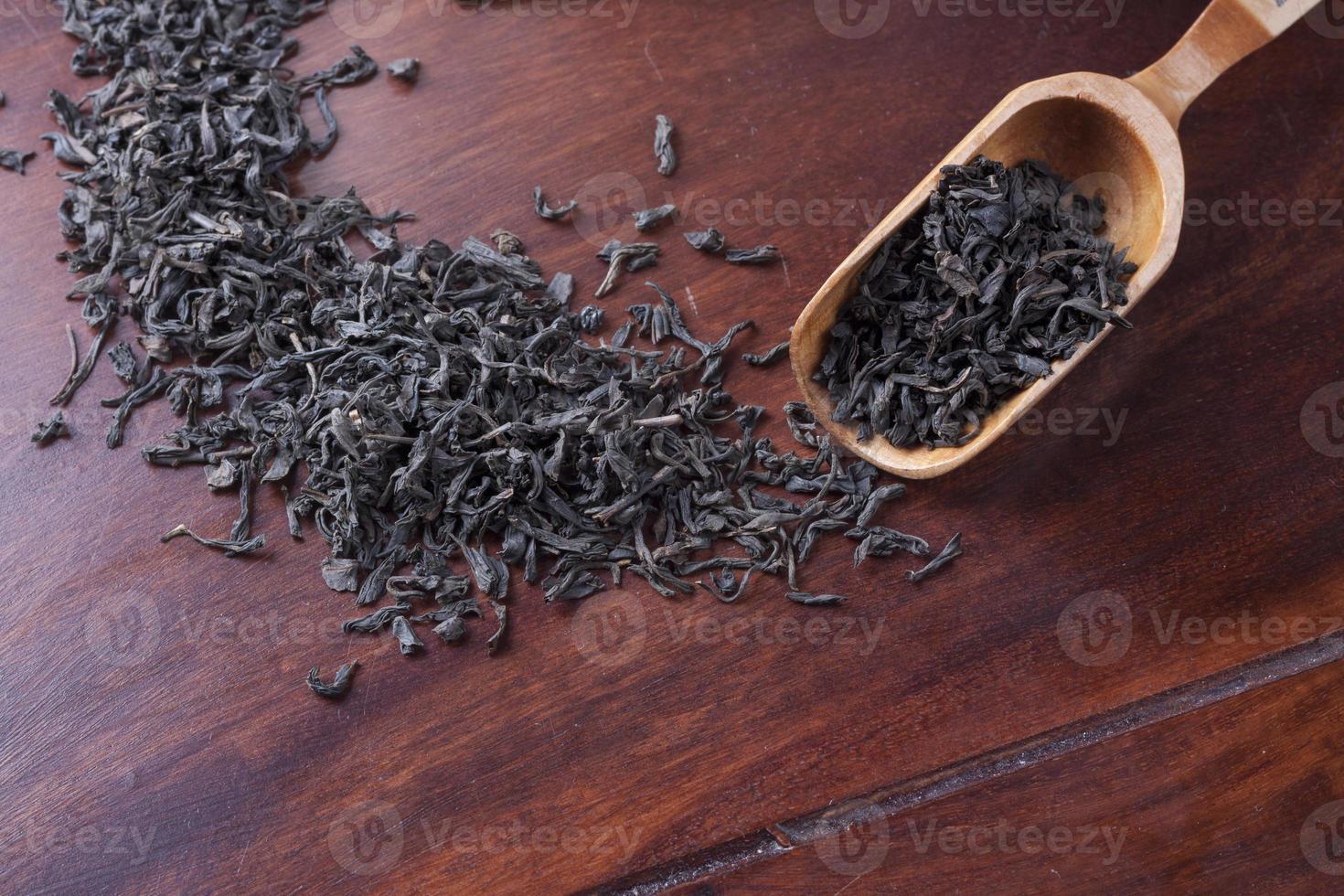 cuchara de madera para té y té foto