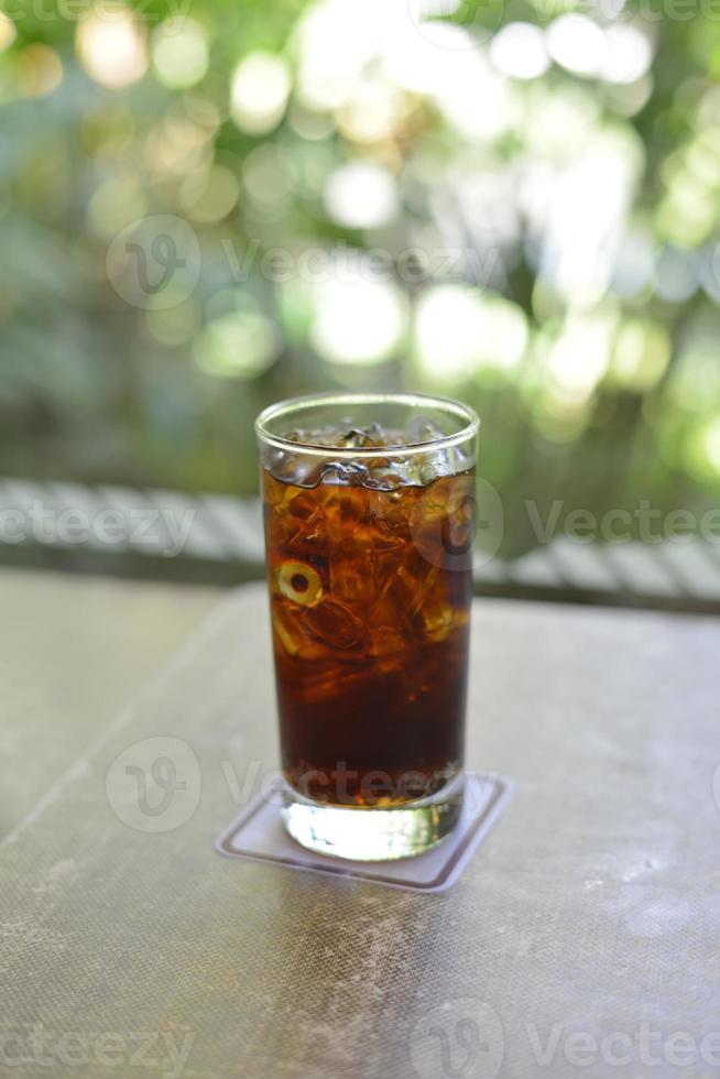glass of cola photo
