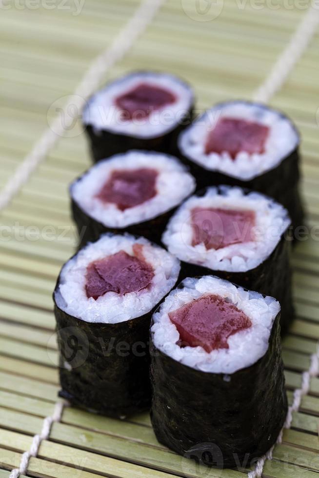 rollos de sushi foto