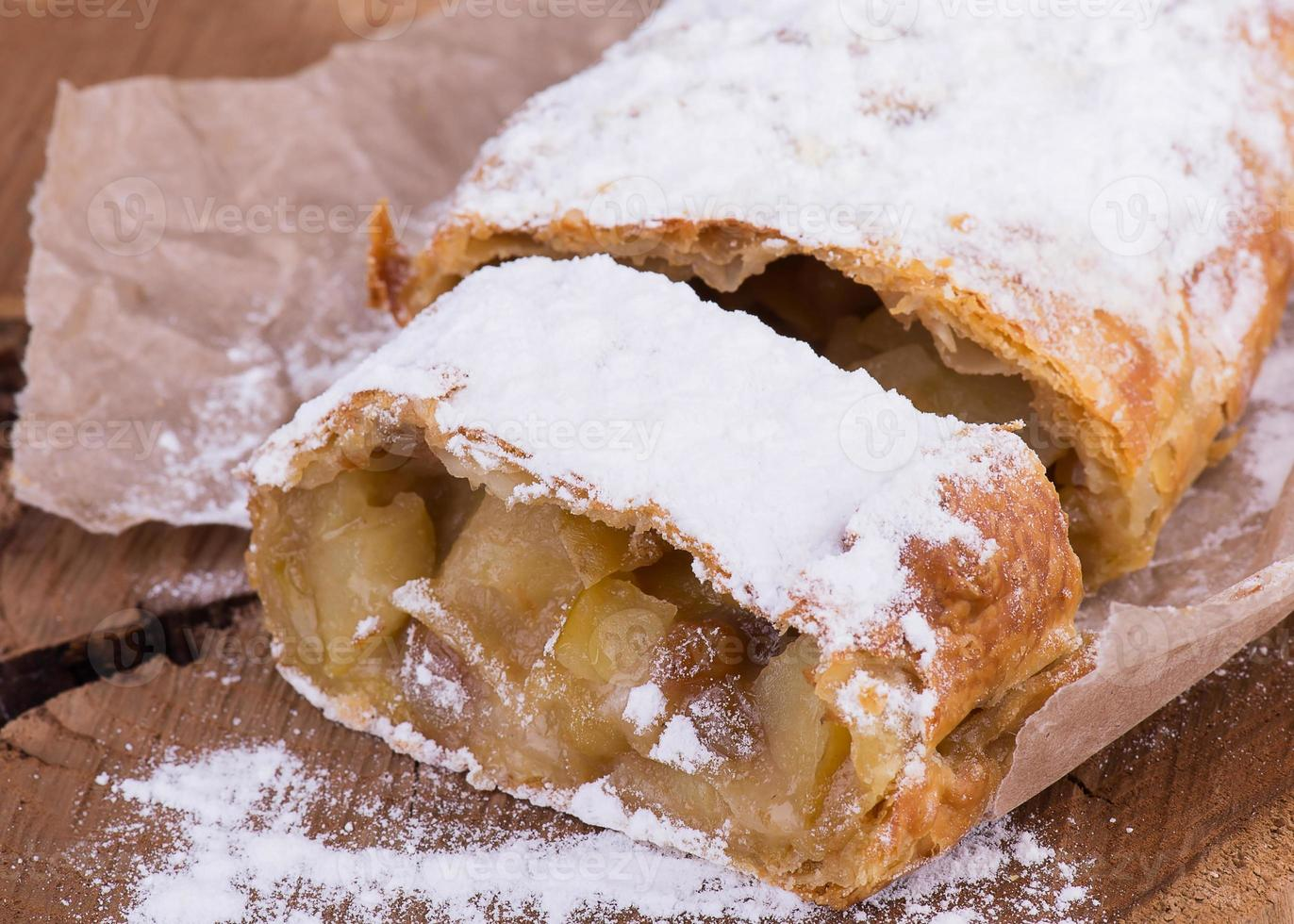 milhojas de manzana con azúcar en polvo de vainilla foto