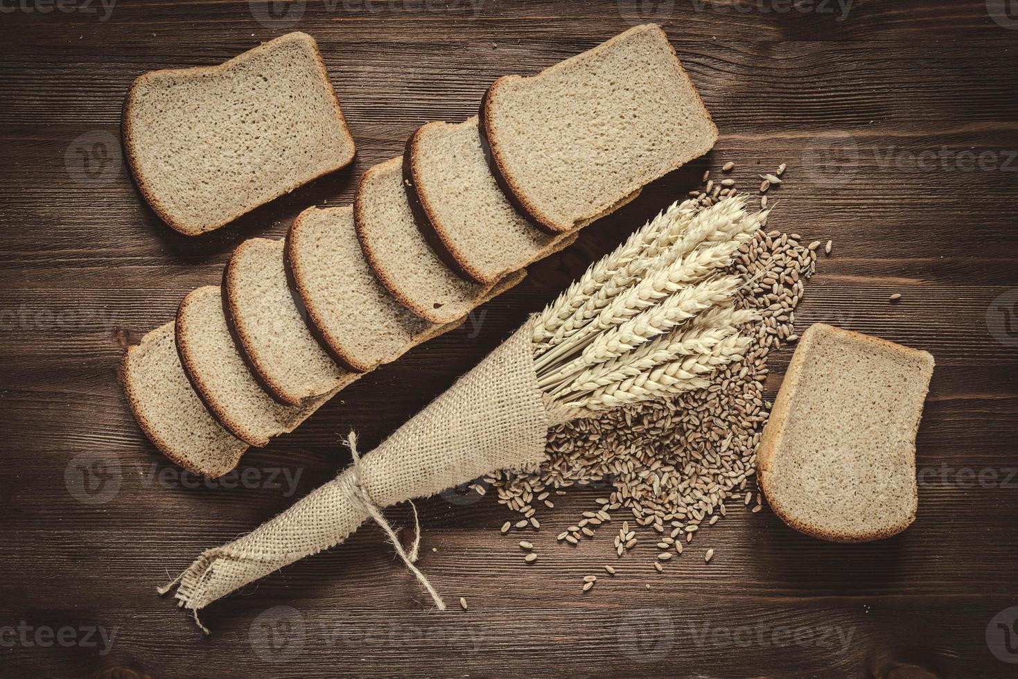 Pão fatiado foto