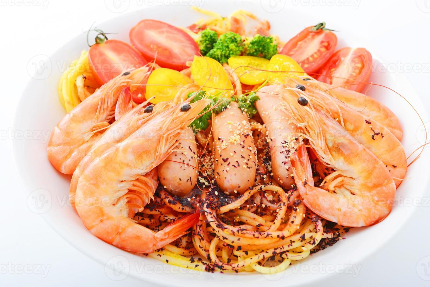 pasta italiana con camarones foto
