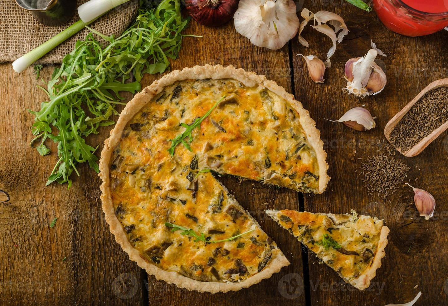 Cheese Quiche with chicken, arugula and mushrooms photo