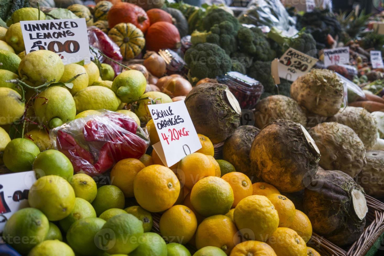 Food - Fruit for sale photo