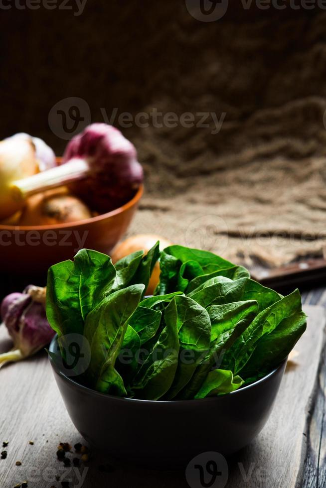 Green spinach leaves photo