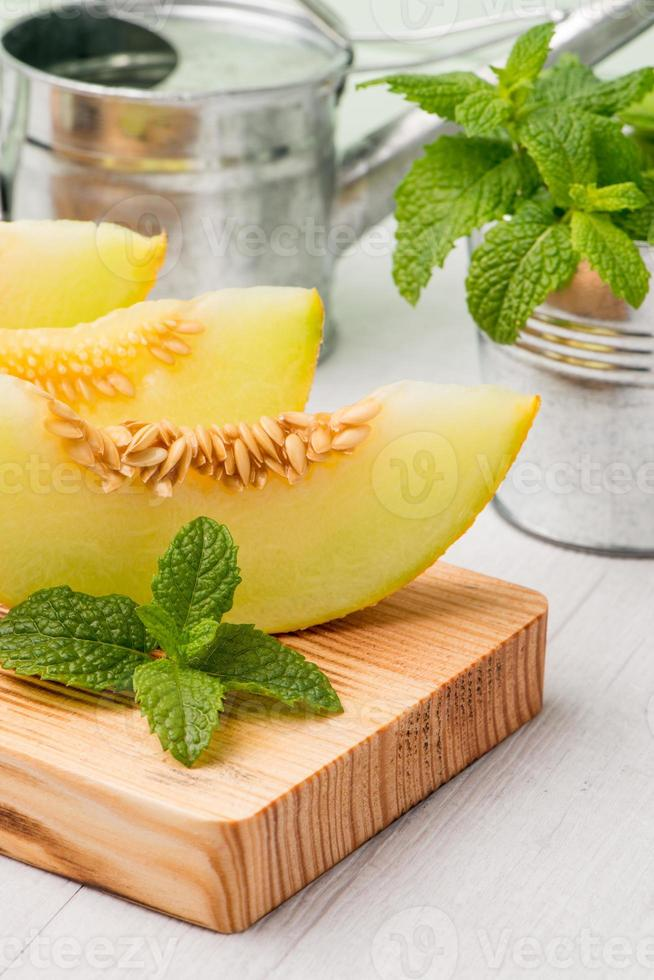 Honeydew melon photo