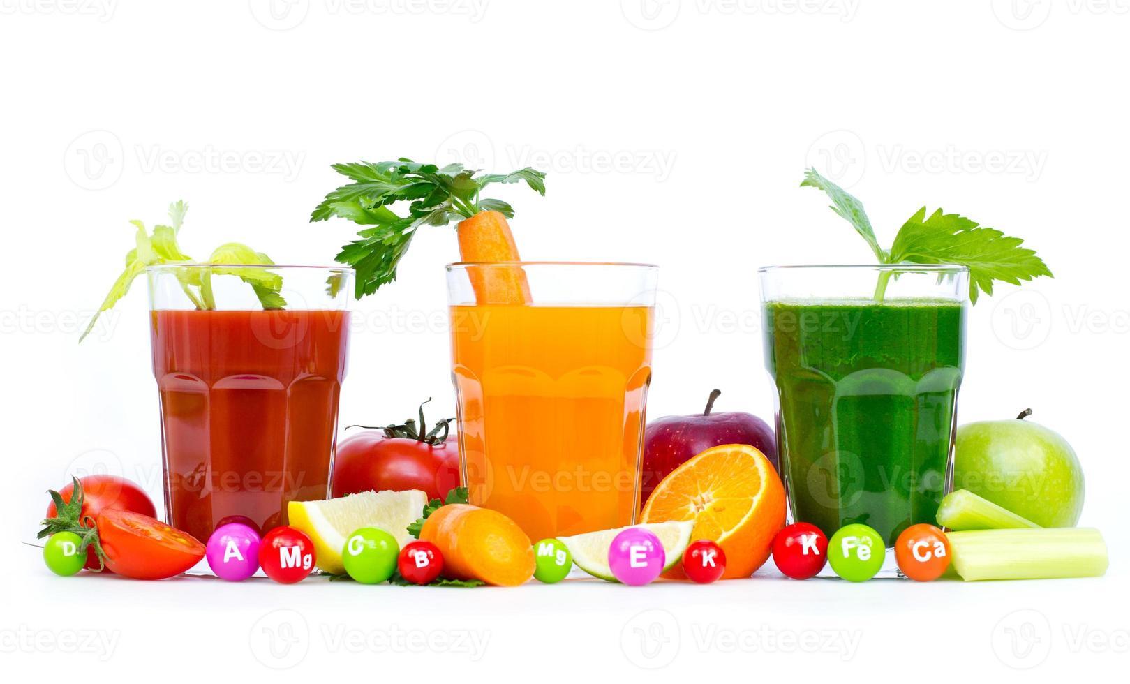 Fresh, organic fruit and vegetable juices photo