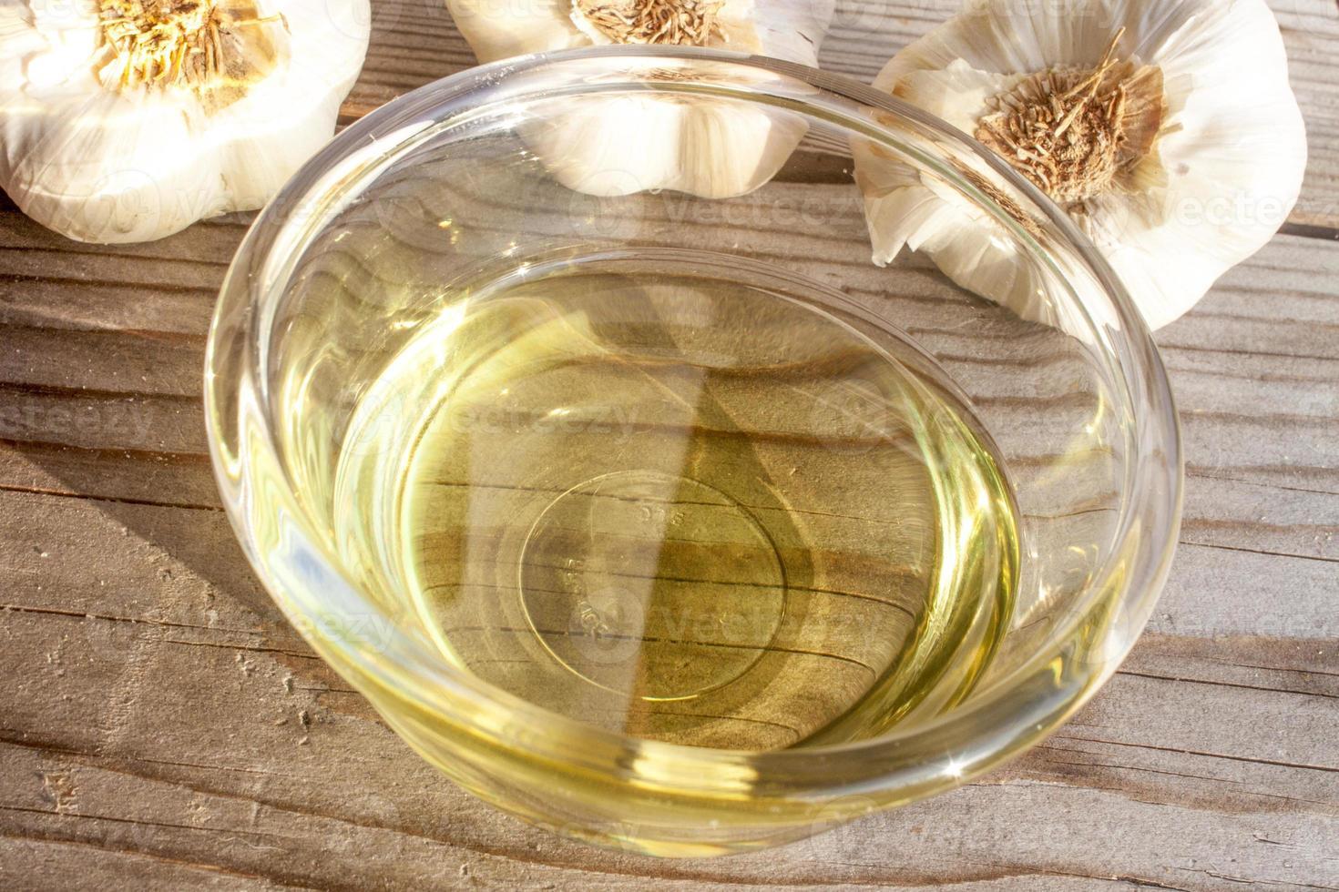 Garlic oil photo