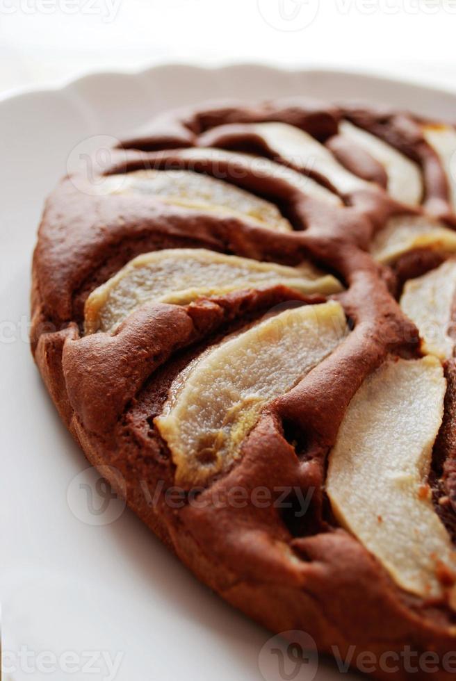 pastel de chocolate con peras foto