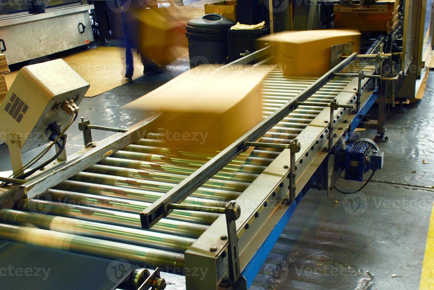 boxes on conveyor photo