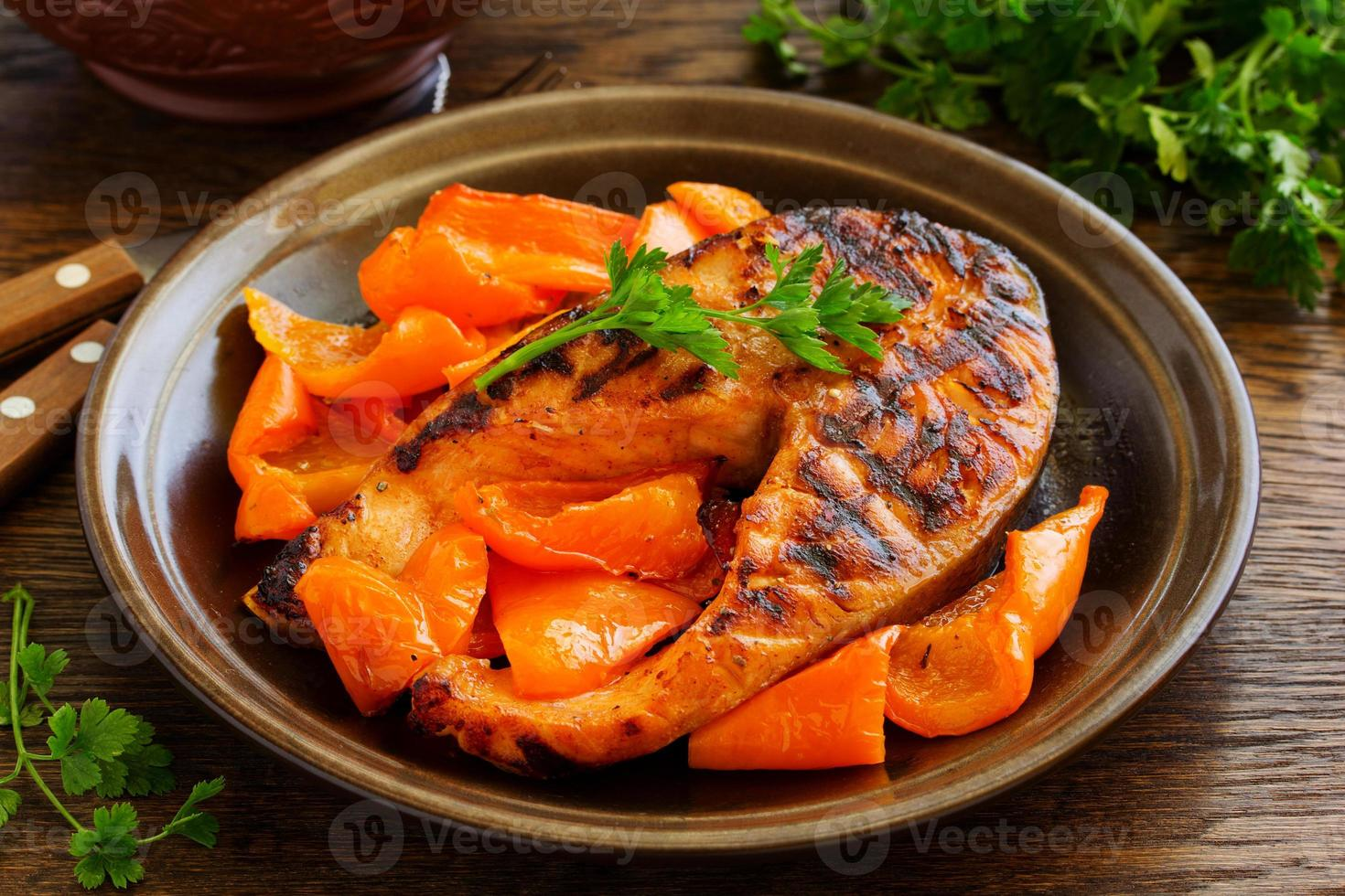 Grilled salmon with soy sauce with vegetables. photo