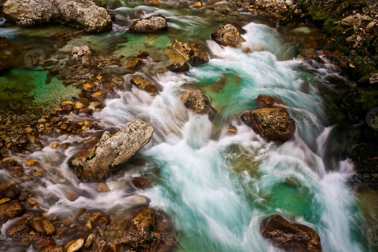 corriente de río foto
