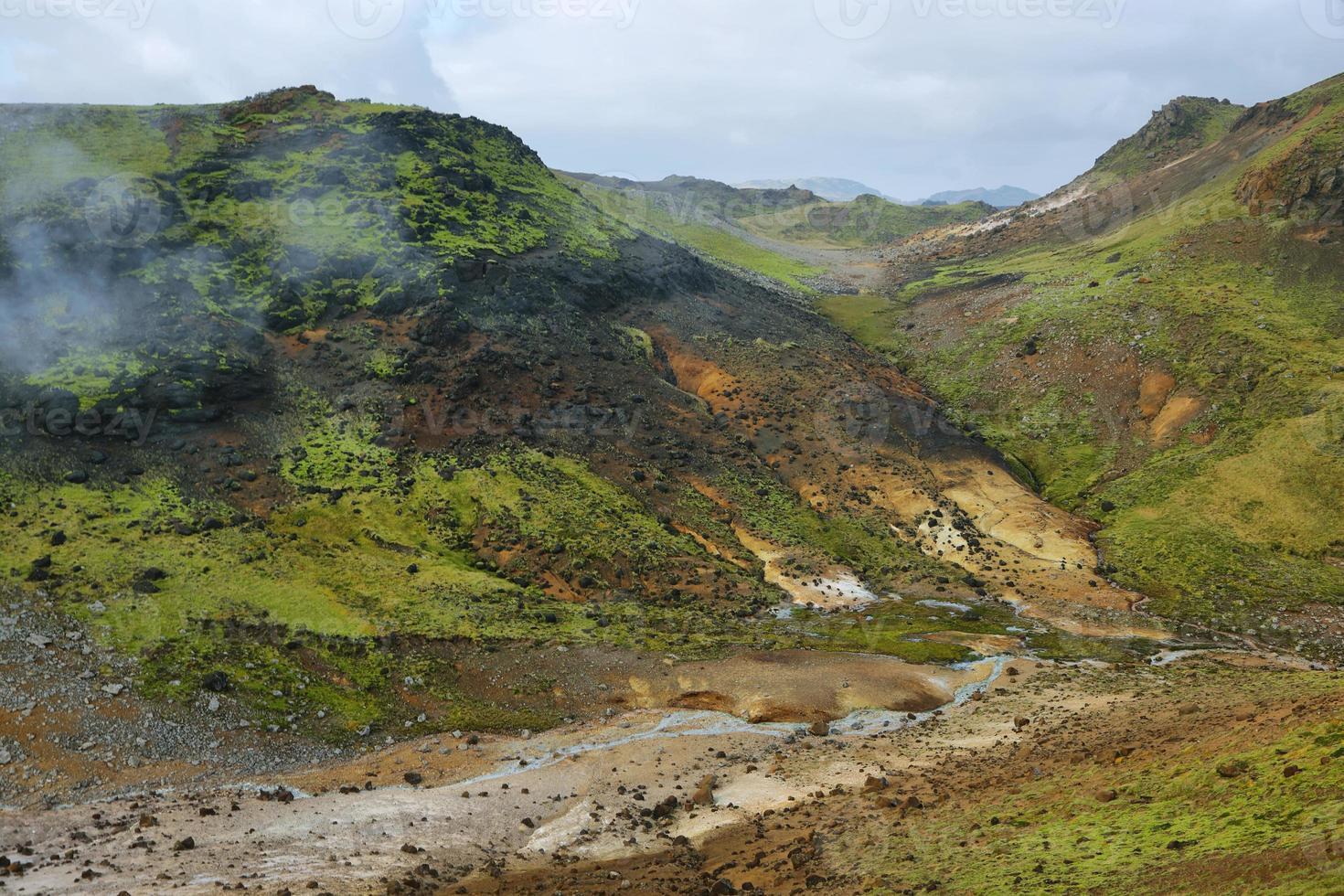 Seltun geothermal area photo