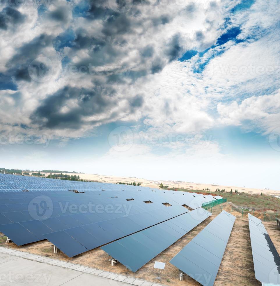 paneles fotovoltaicos foto