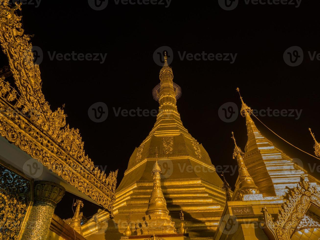 Sule Pagoda, Yangon, Myanmar by night photo