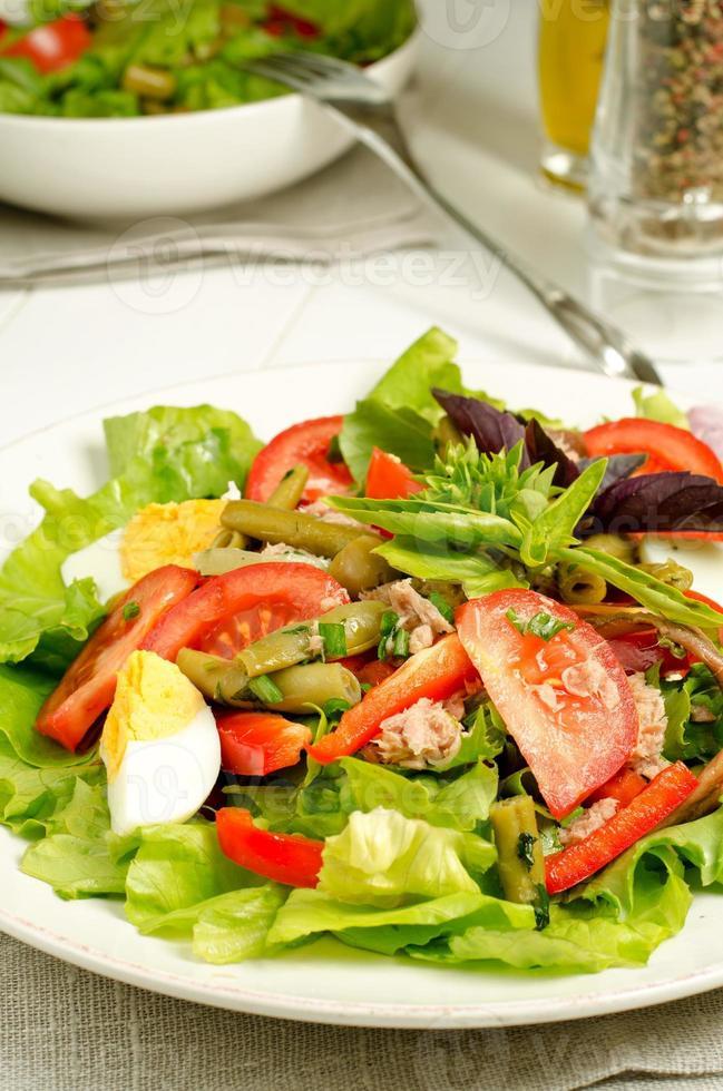 ensalada nicoise foto