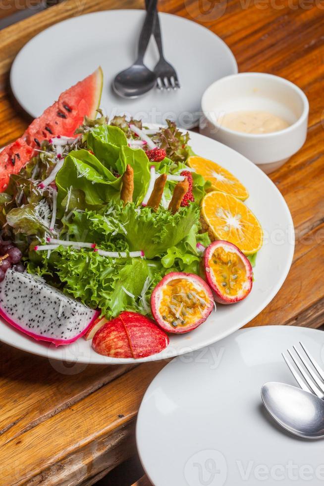 ensalada de frutas frescas foto