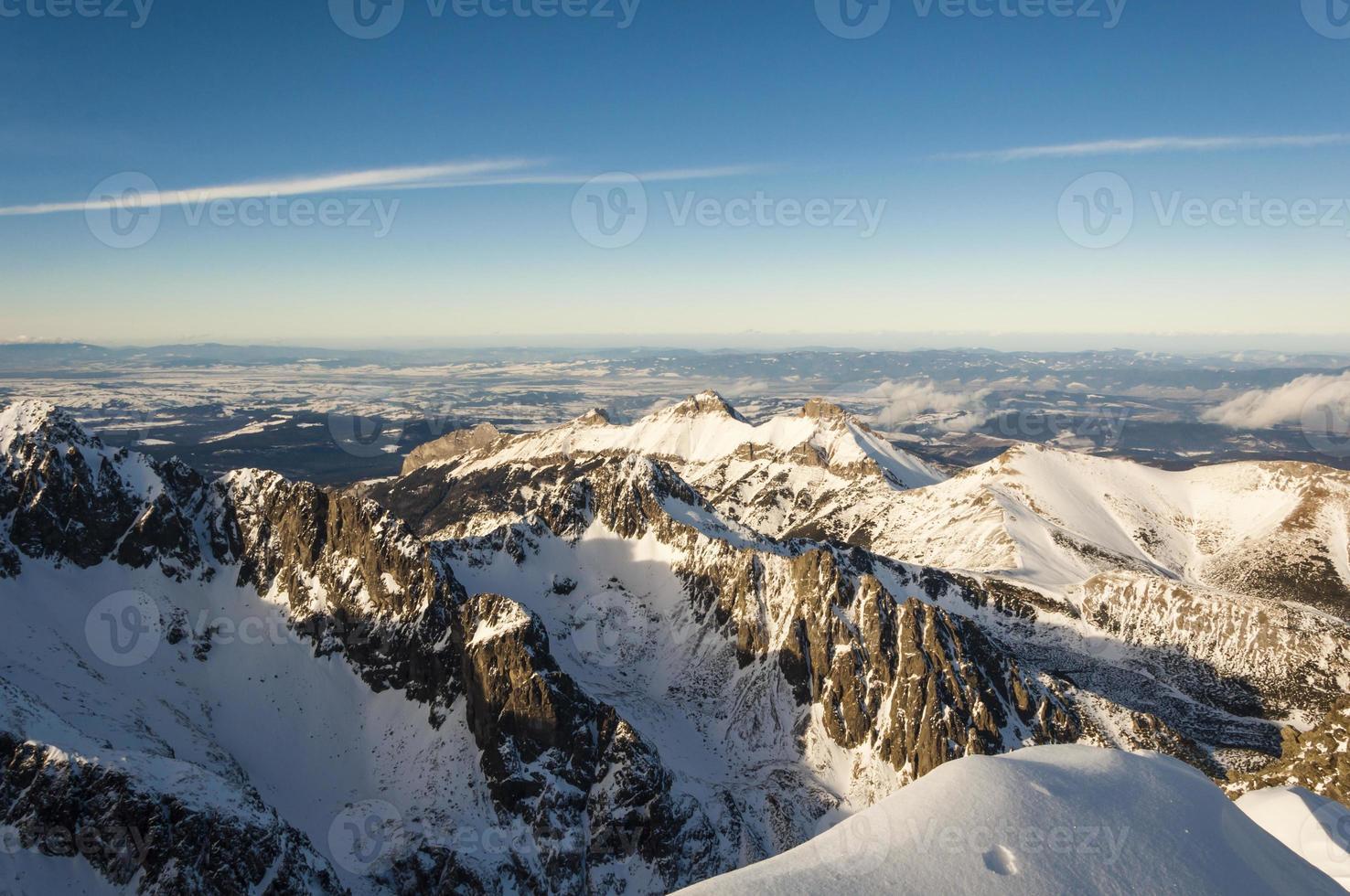 paisaje de montaña de invierno foto