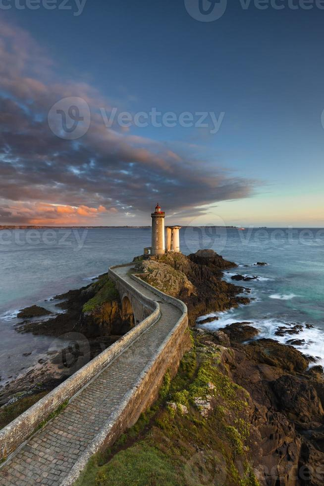 Leuchtturm Petit Minou in der Bretagne photo