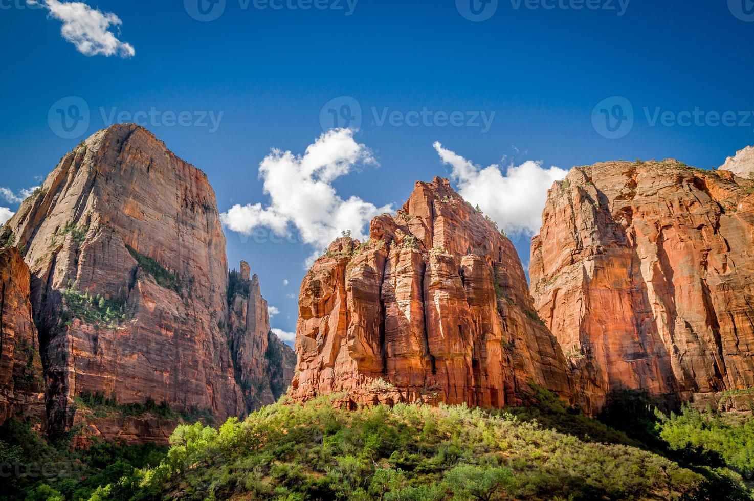 zion national park landscape photo