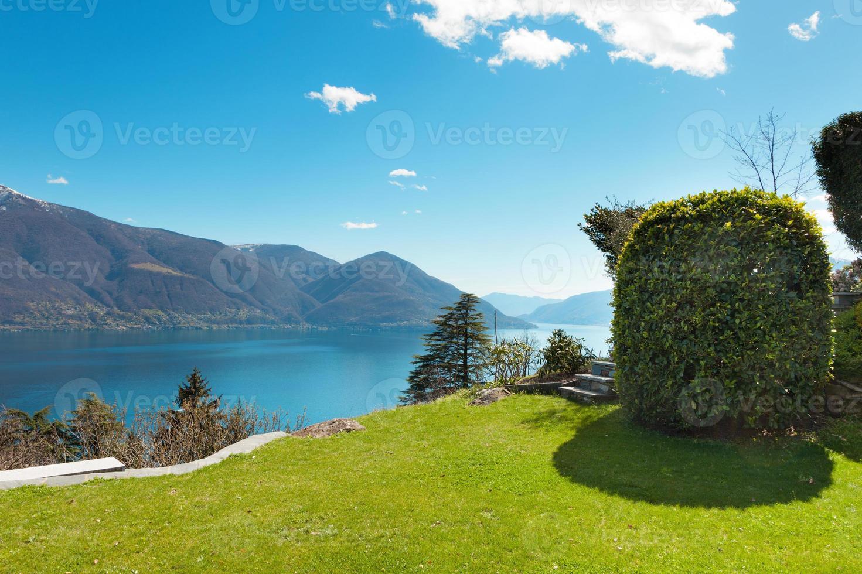 paisaje suizo: jardín foto