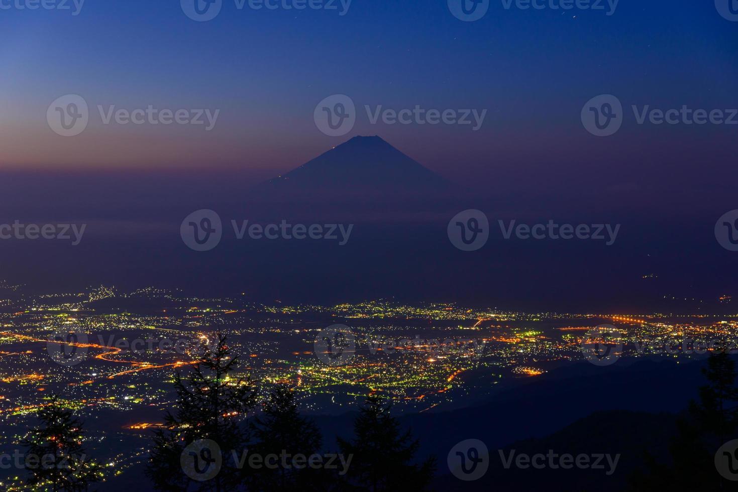 paisaje de kofu y monte fuji foto