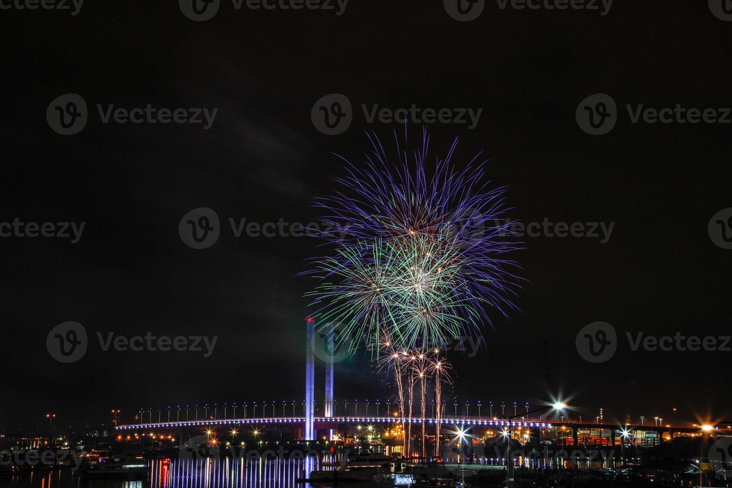 fuegos artificiales de invierno docklands foto