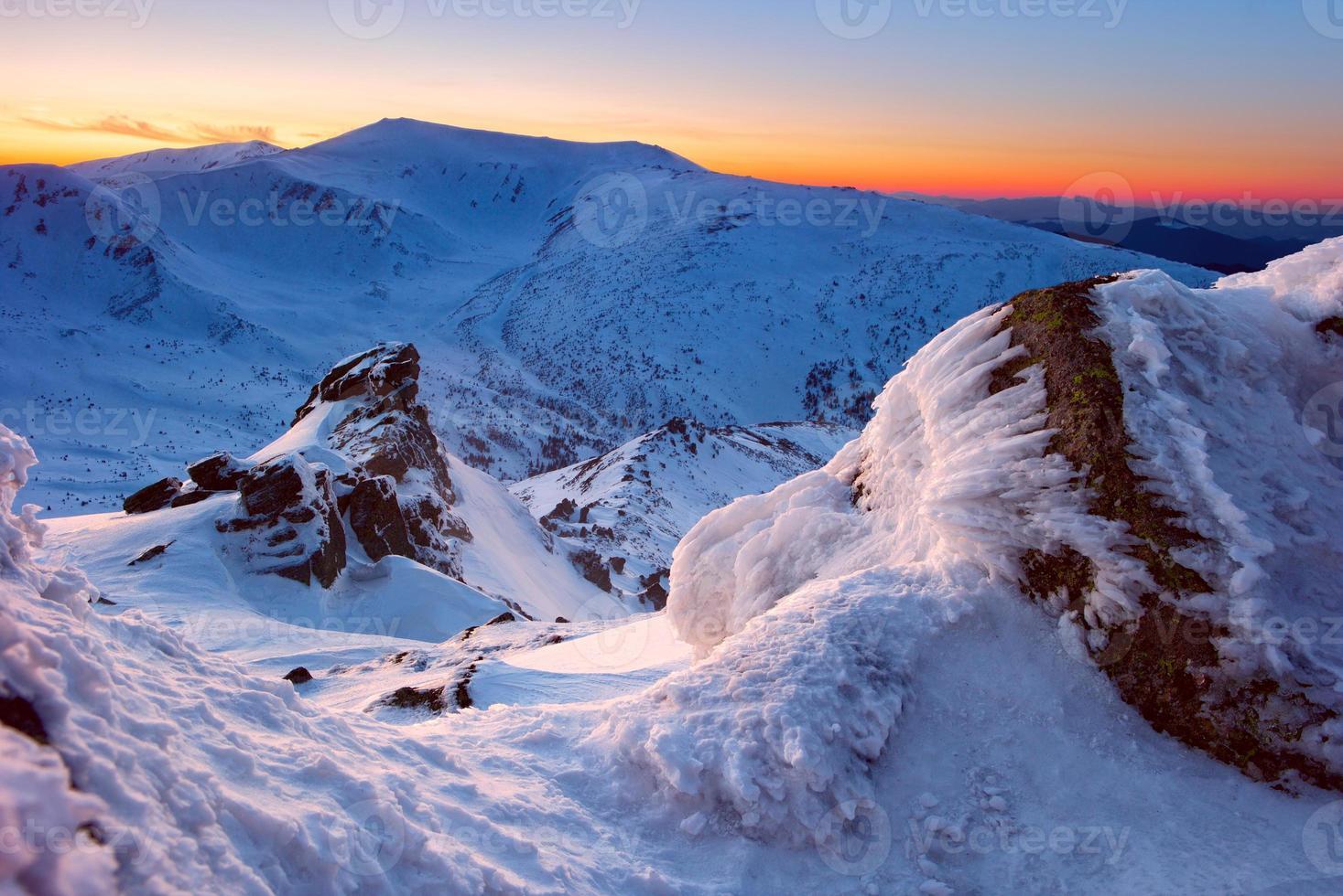rocas de invierno foto
