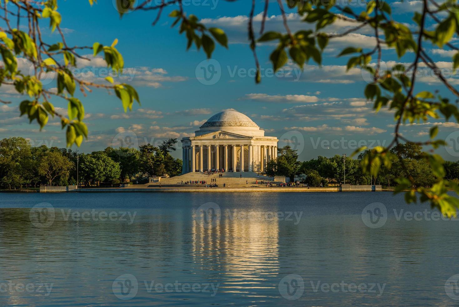 Jefferson Memorial durante la hora dorada foto