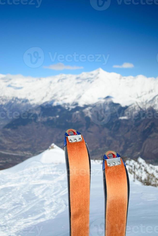 equipo de esquí de travesía foto