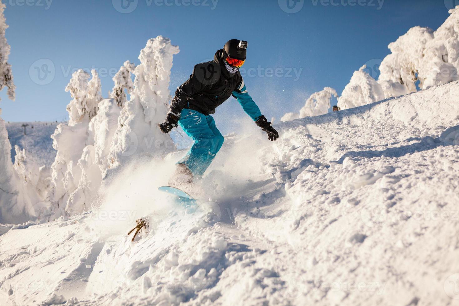 snowboarder en salto foto