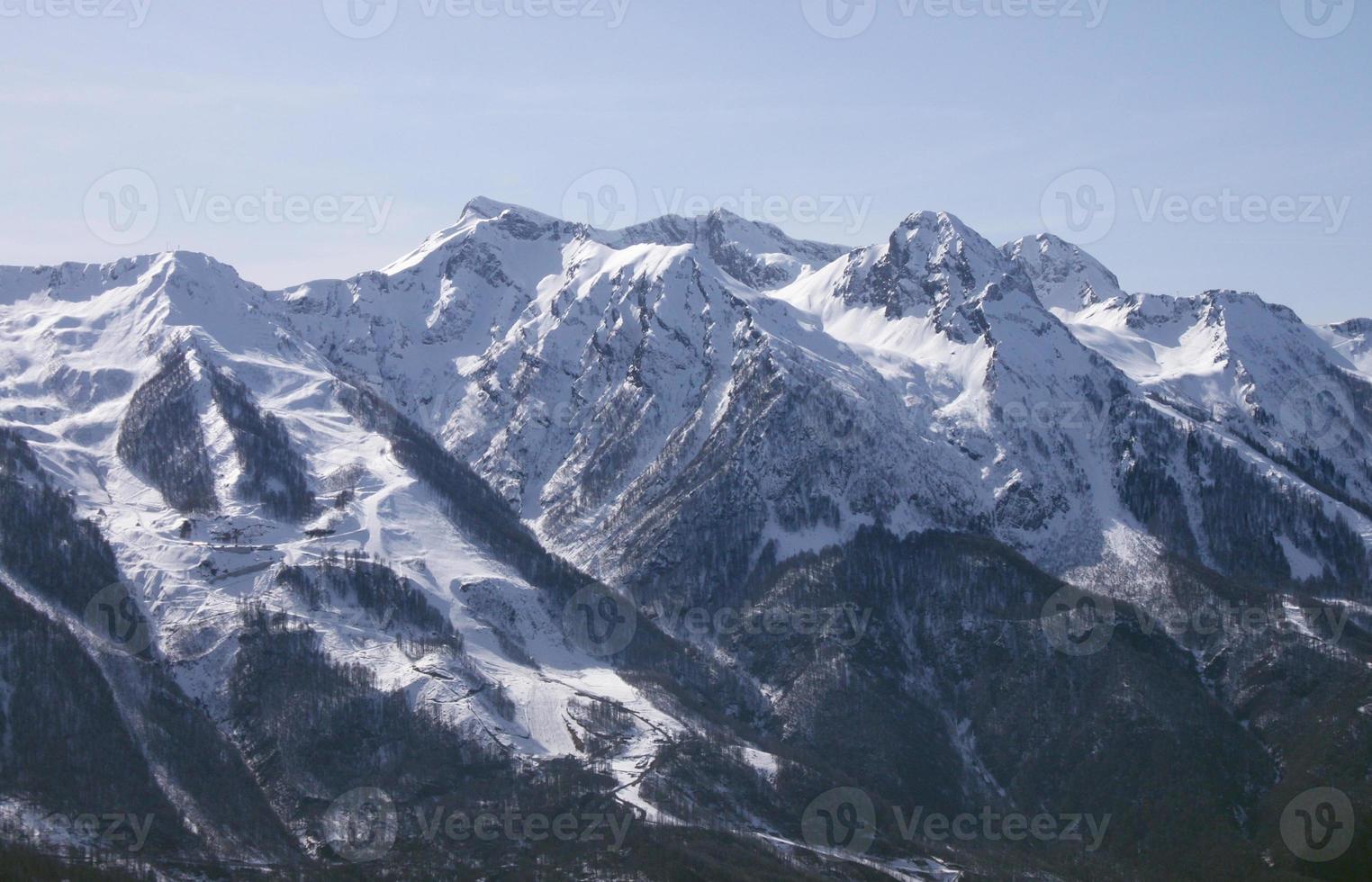 montañas caucásicas cerca de sochi foto