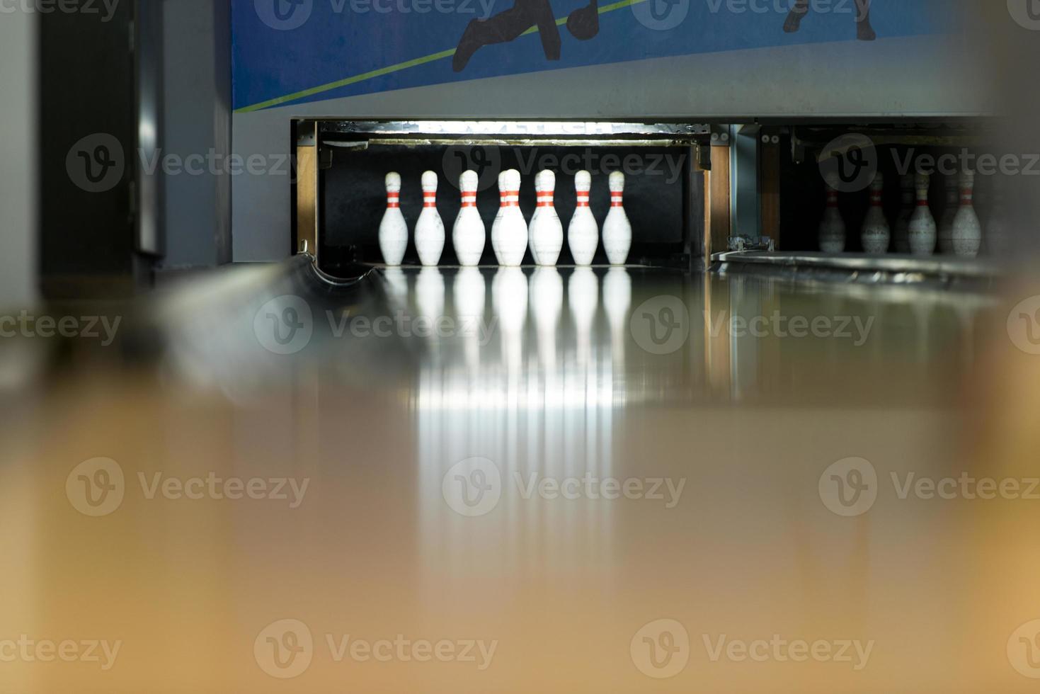 Ten Pin Bowling Shoot photo