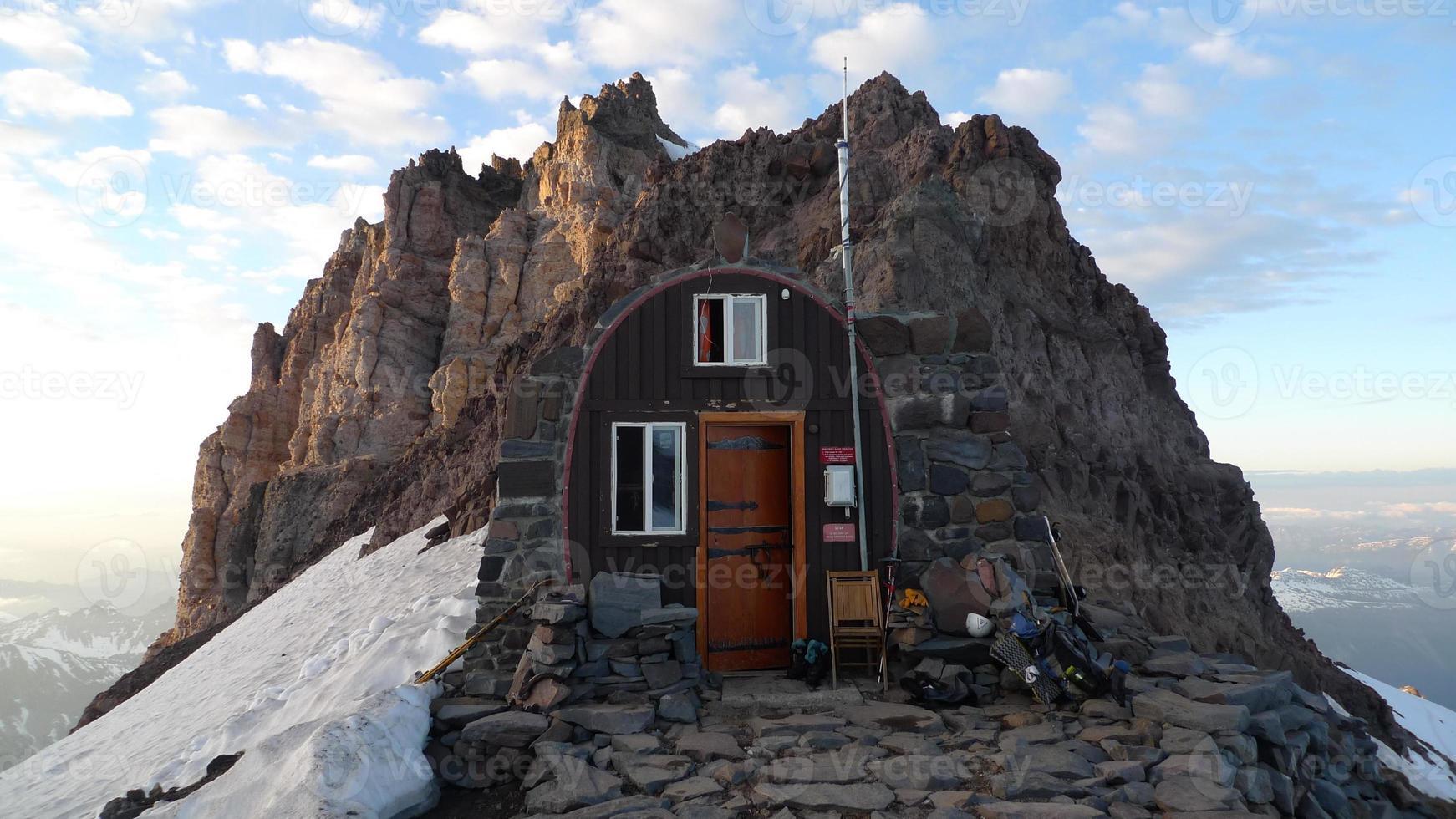 Mount Rainier Camp Schurman photo