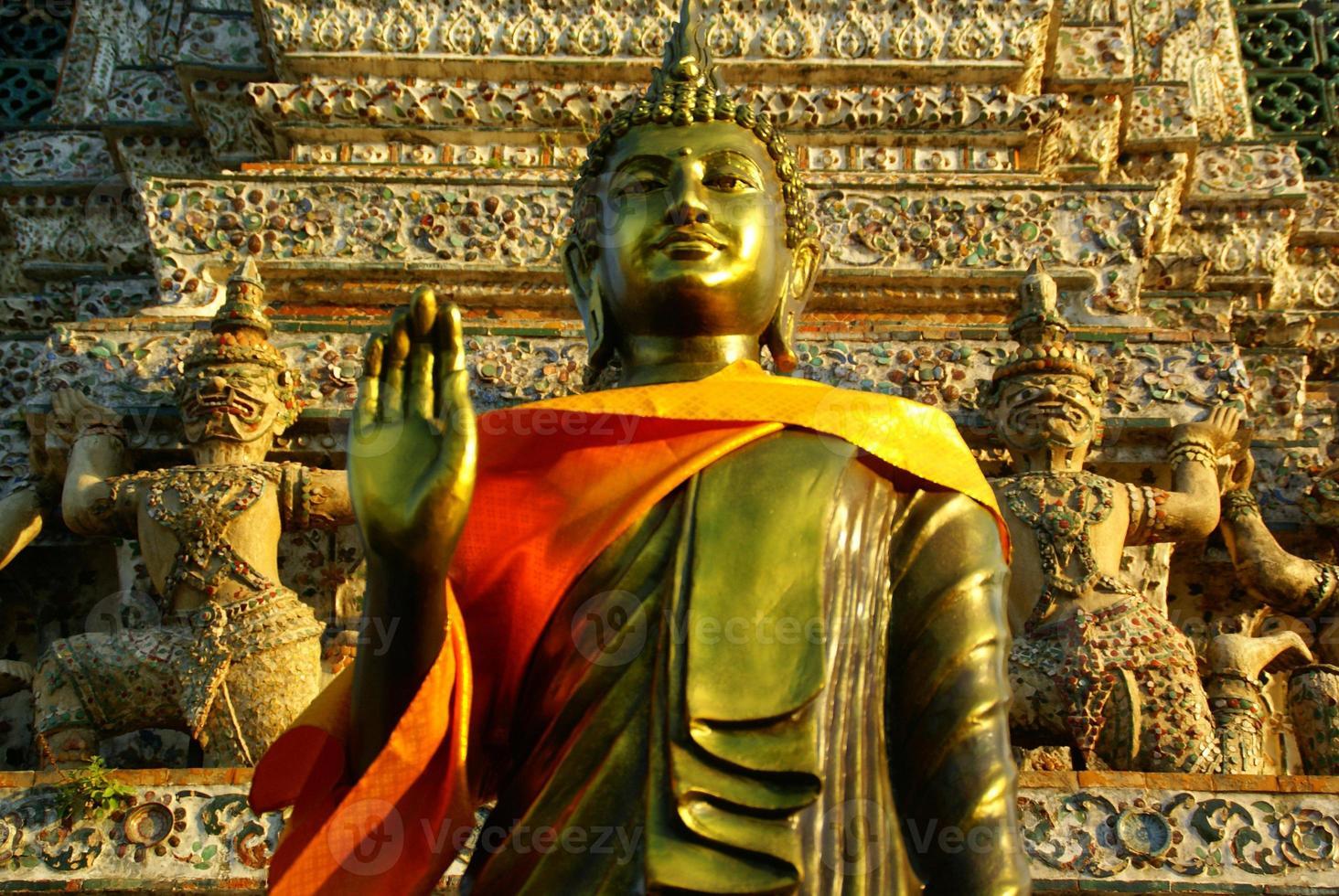 Wat Arun,Bangkok,Thailand photo