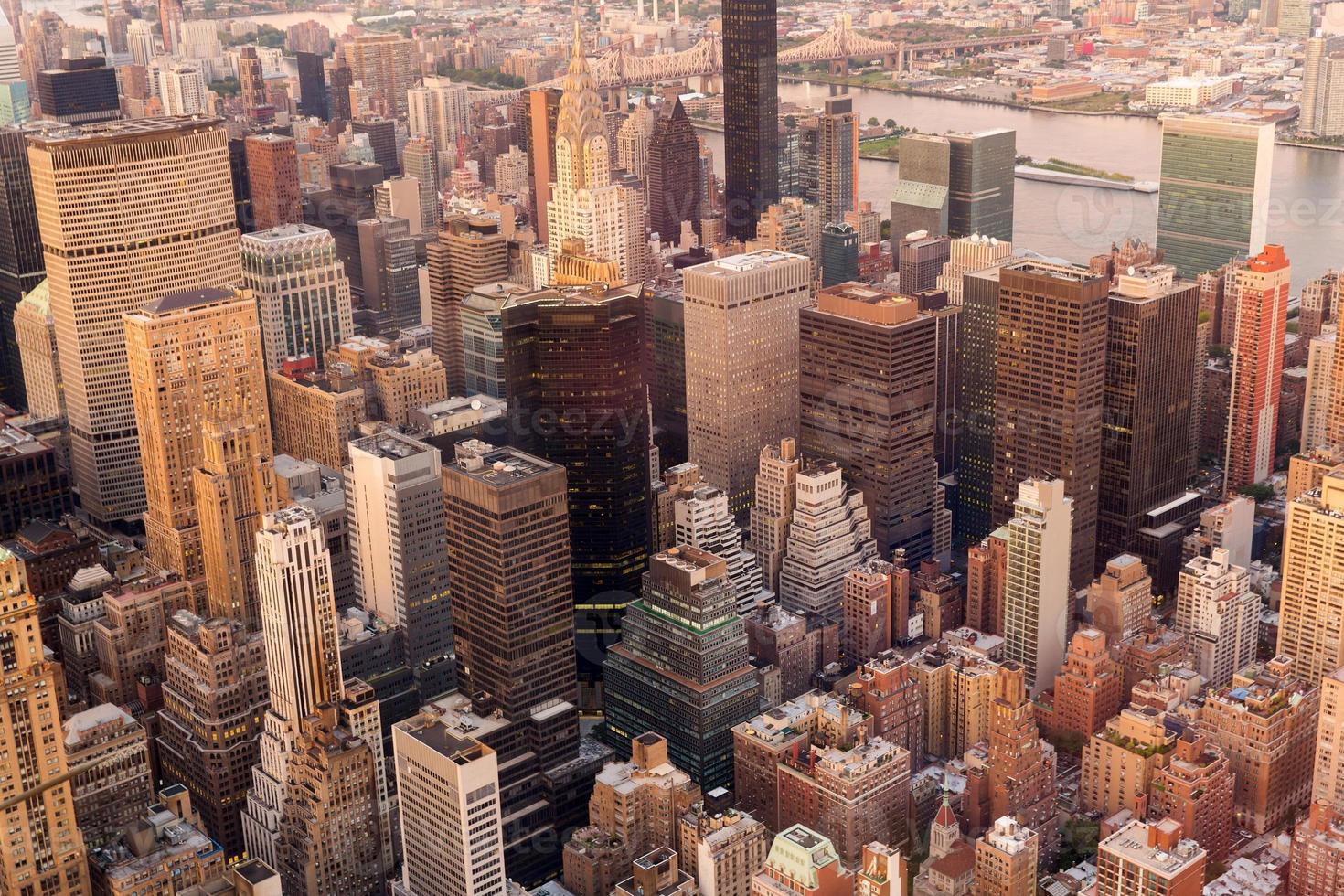 Horizonte de Manhattan al atardecer, Nueva York foto