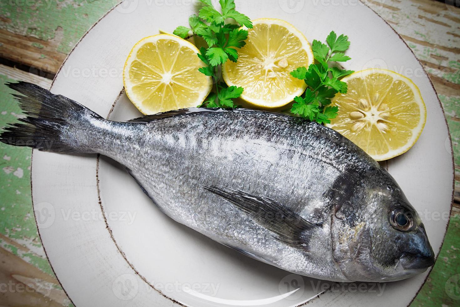 Fish and Lemon photo
